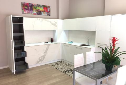 showroom IMDesign Aluminum Kitchen Design