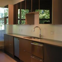 grey lower cabinets with high-gloss black upper cabinets in Victoria BC