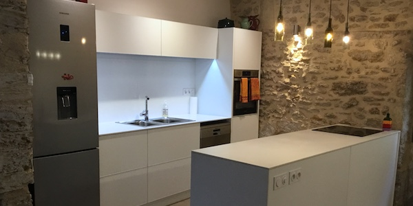 modern aluminum kitchen design by IMD