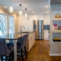 elfenbeinfarbende moderne Küche aus Aluminium frei von Schadstoffen und Ausdünstungen