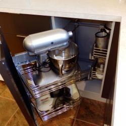 schadstofffreie nachhaltige Aluminiumküche - eternAL in Schokoladenbraun, modern und  simple von IMDesign